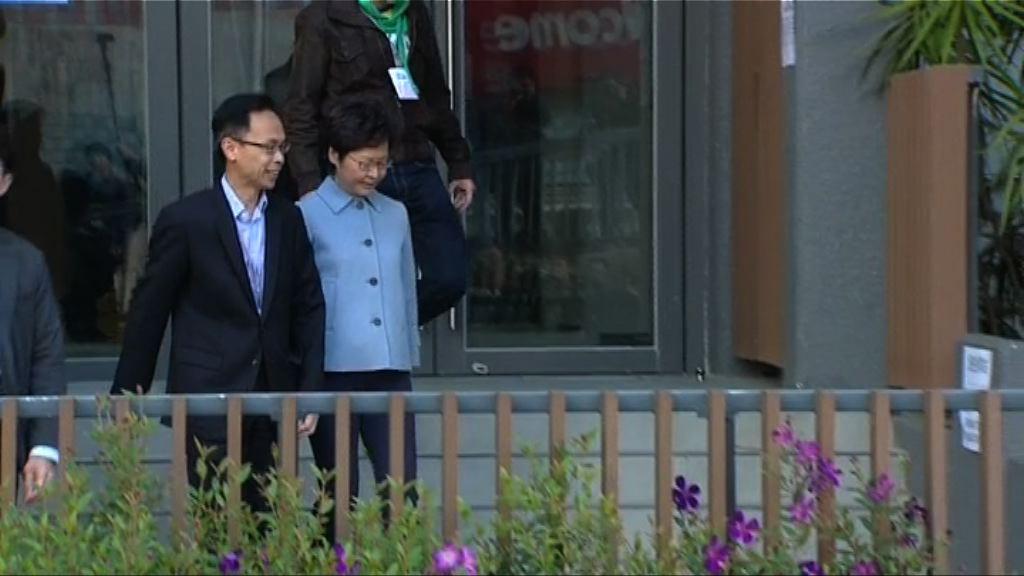林鄭月娥到票站投票 無接受傳媒採訪