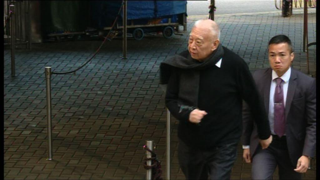 林鄭與兩司長投票 無回應傳媒任何問題