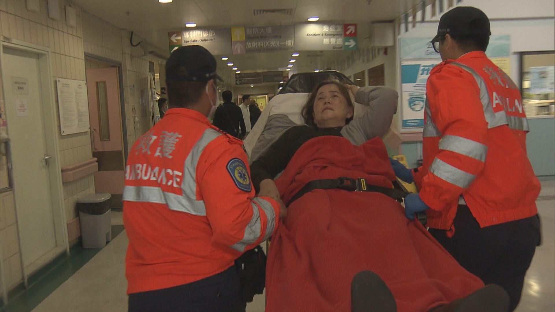 銅鑼灣一間酒店扶手電梯疑故障急停四人傷