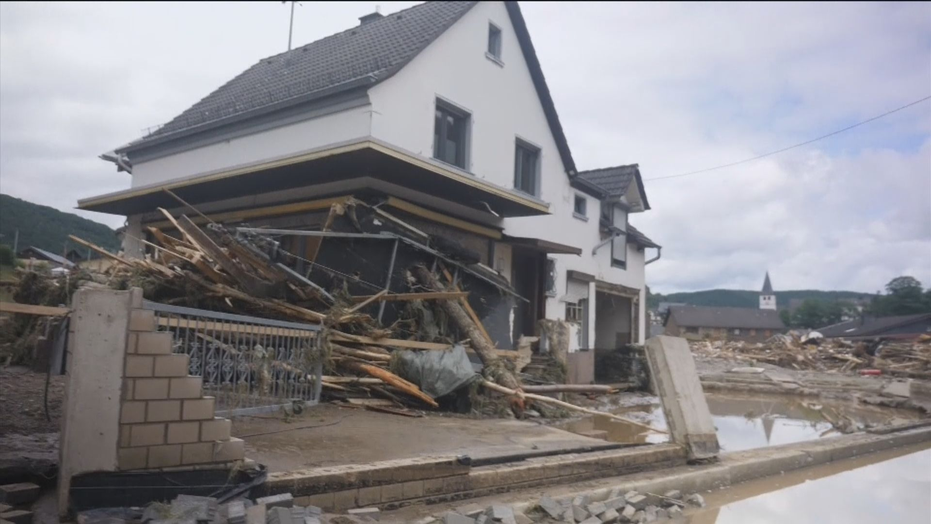 德國比利時水災多人失蹤 官員警告死亡人數或再上升