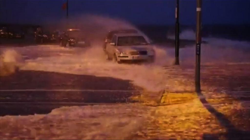 歐洲多處遭冬季風暴吹襲
