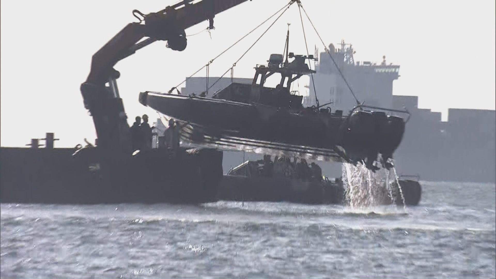 搜救人員繼續搜尋翻船墮海失蹤女警