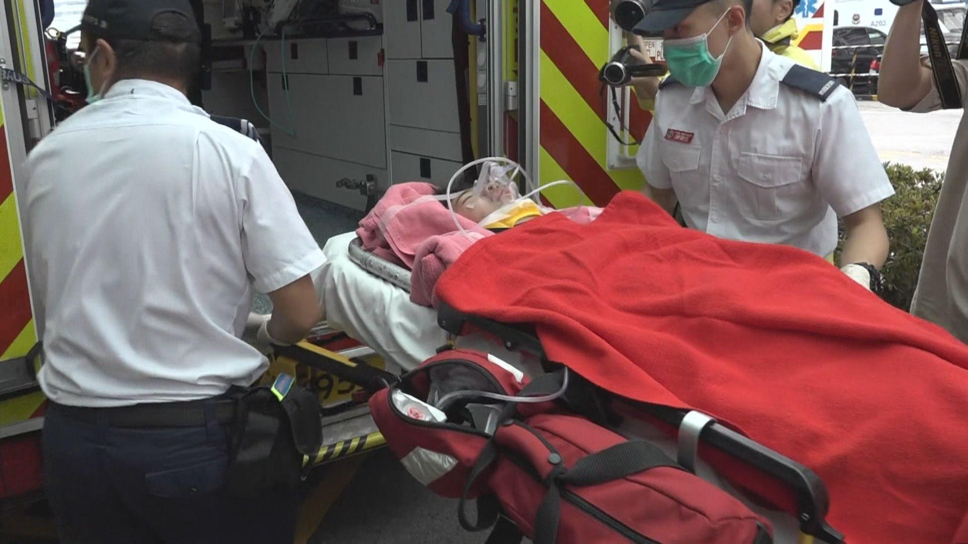 荃灣一名男童疑收衫墮樓受傷