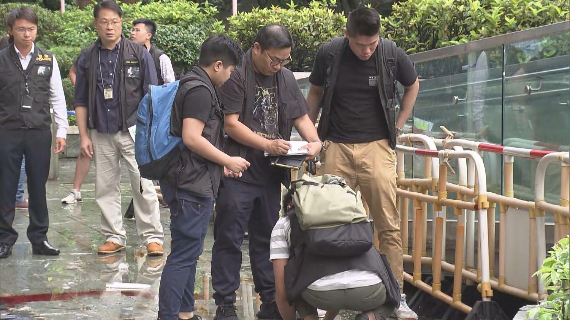 美景花園高處墮鐵架擊斃女途人 警拘捕一男