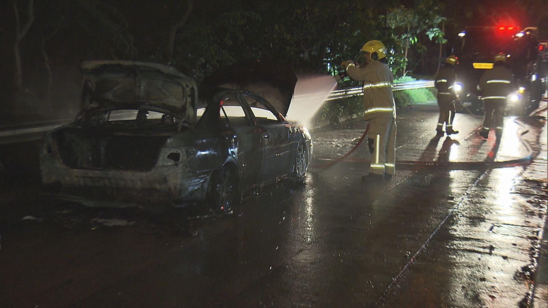 石硤尾私家車焚毀警列縱火案