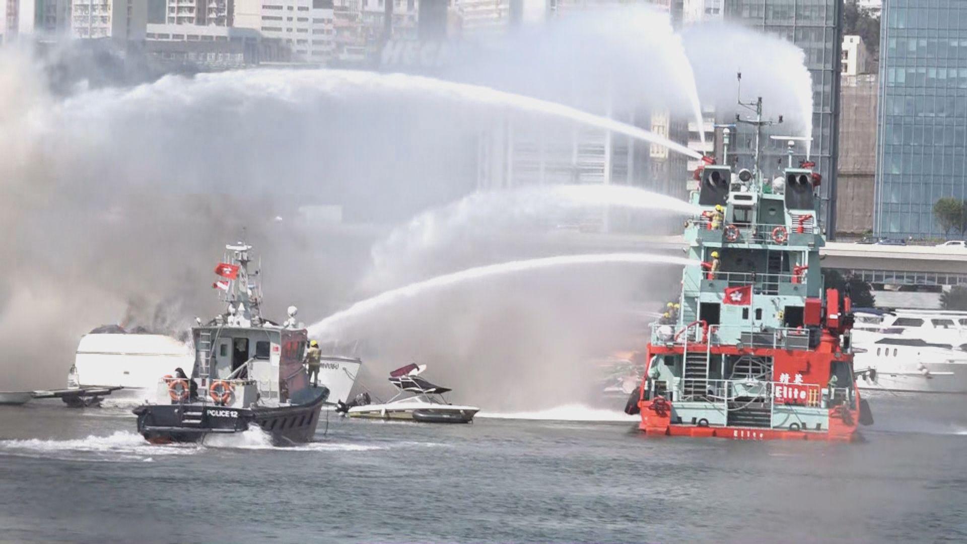 觀塘避風塘有遊艇發生火警 暫未知起火原因