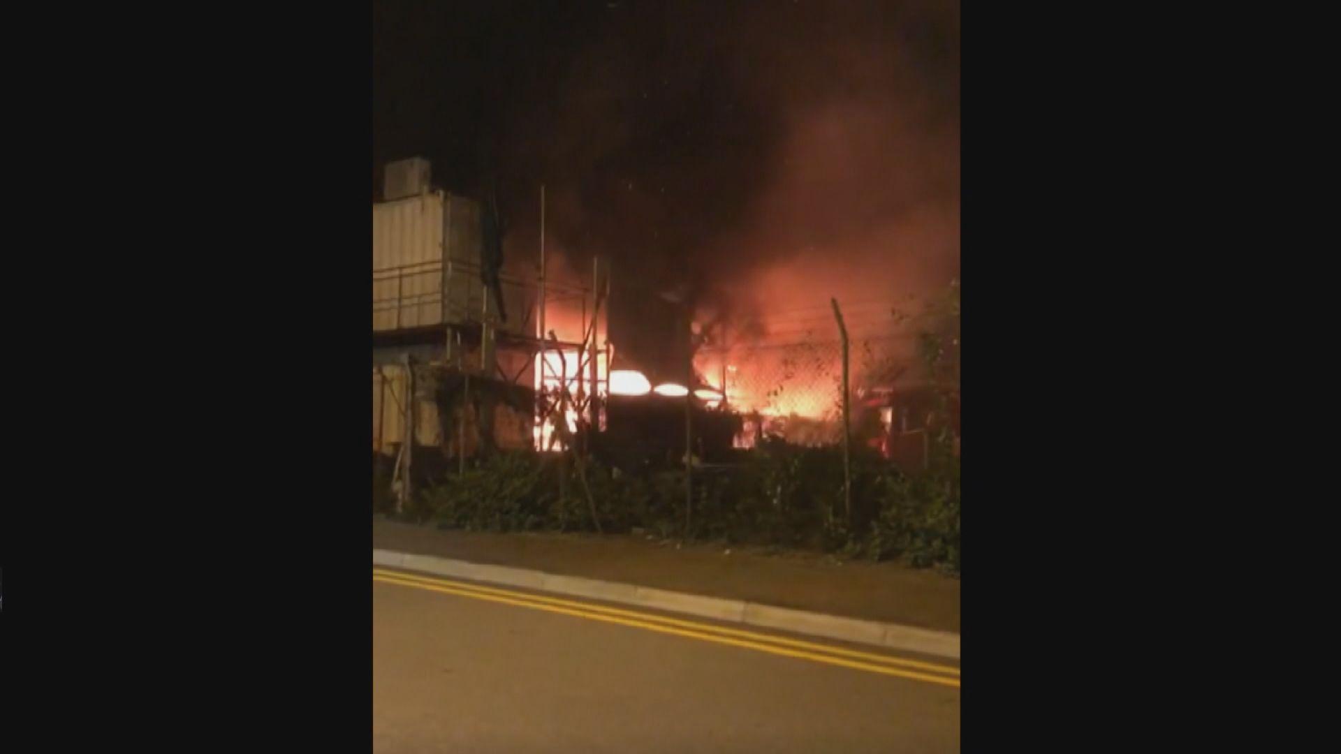昂船洲車房火警 五車被焚毀