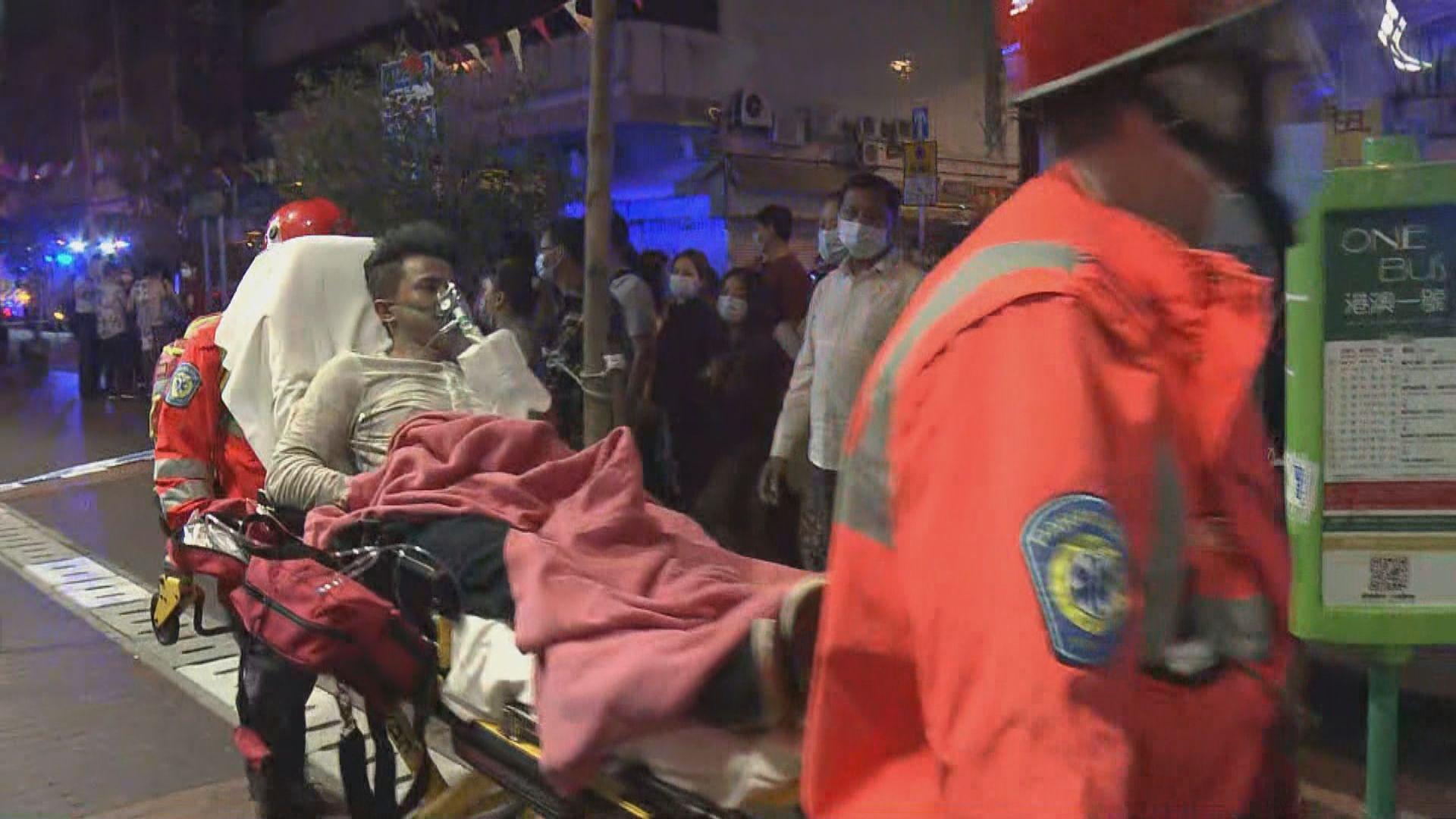 油麻地唐樓火警至少十一傷 多人被救出時昏迷