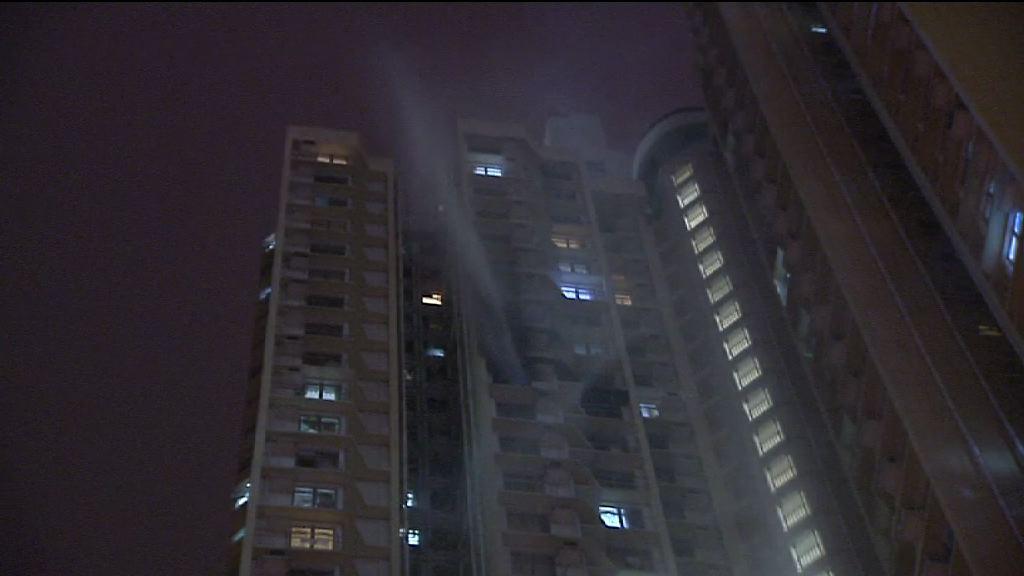 元州邨單位火警疏散約一百人