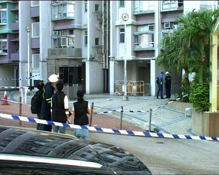 街坊稱爆炸案死者寡言 家中堆放雜物