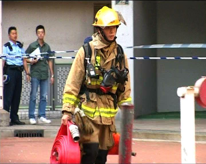 警方消防美映樓搜證調查