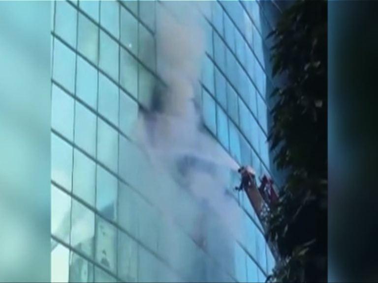旺角金雞廣場一間聯誼會發生火警