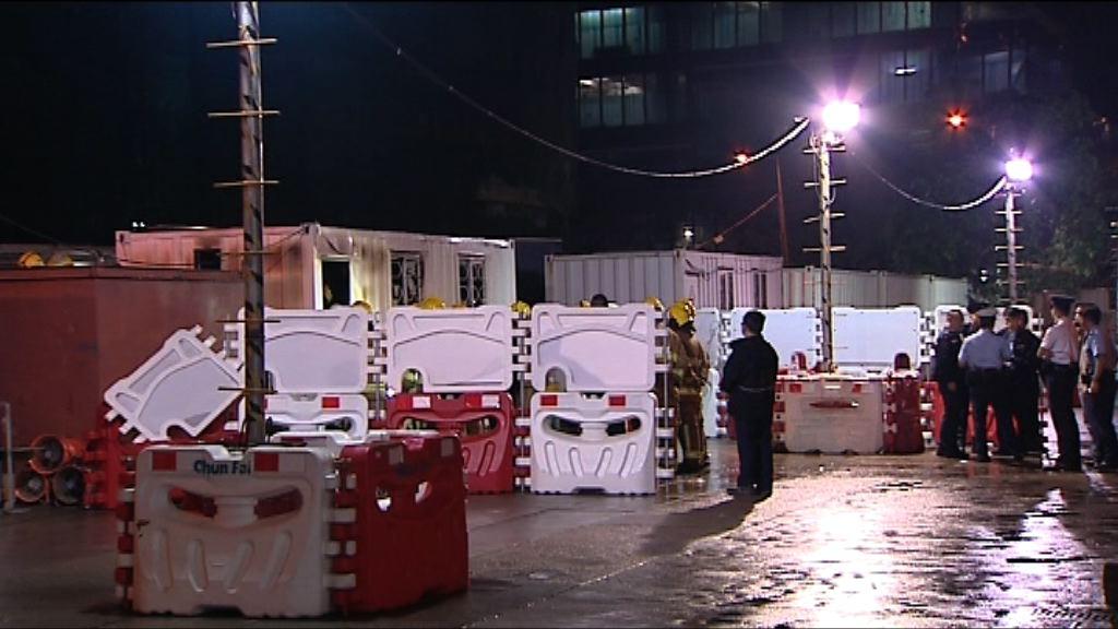 北角地盤貨櫃起火一名女子死亡