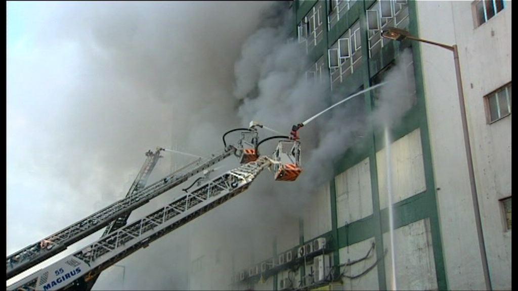 屋宇署:火警無影響結構
