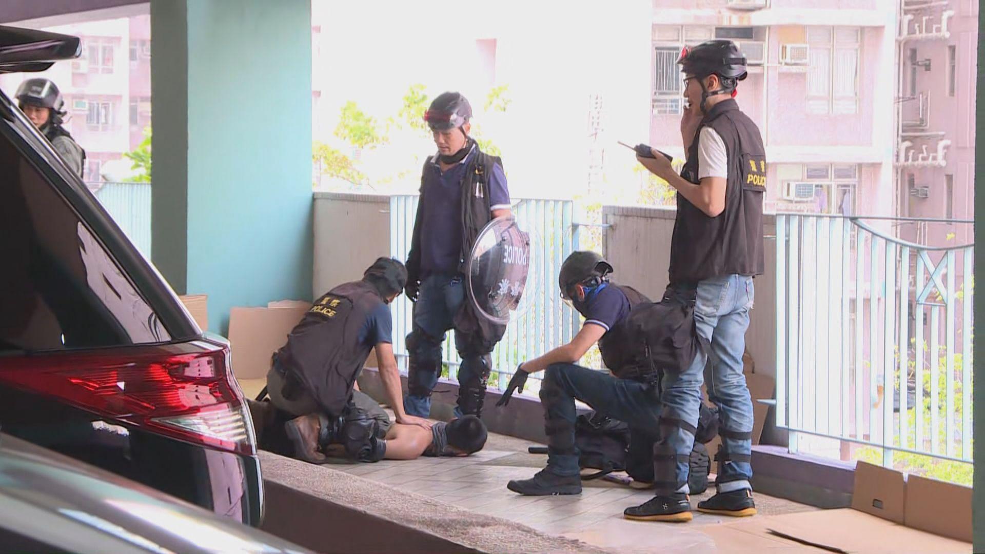 九龍多區反禁蒙面法集會 防暴警制服多人