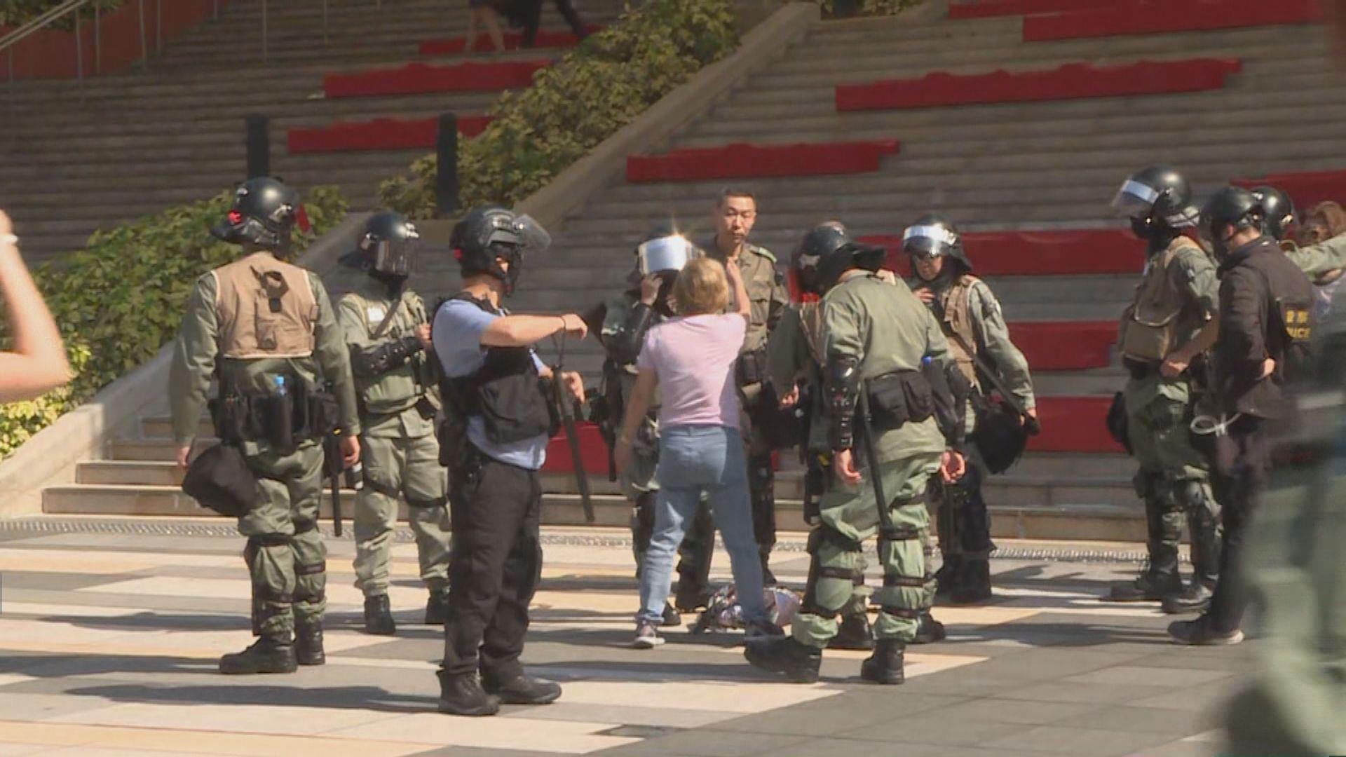網民號召多區聚集反警暴 沙田百步梯多人被捕