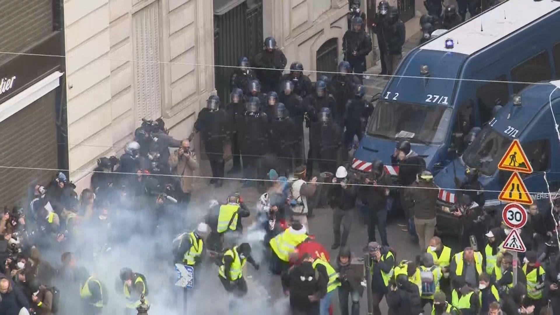 法國黃背心示威者再發起遊行