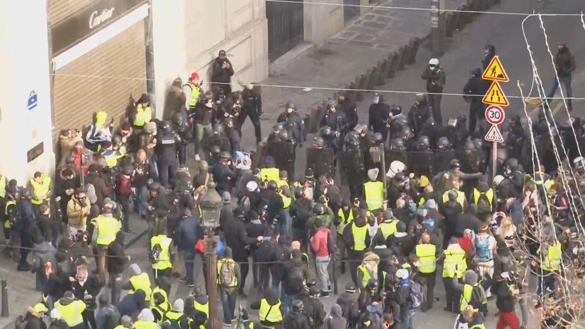 法國各地逾十萬人響應示威