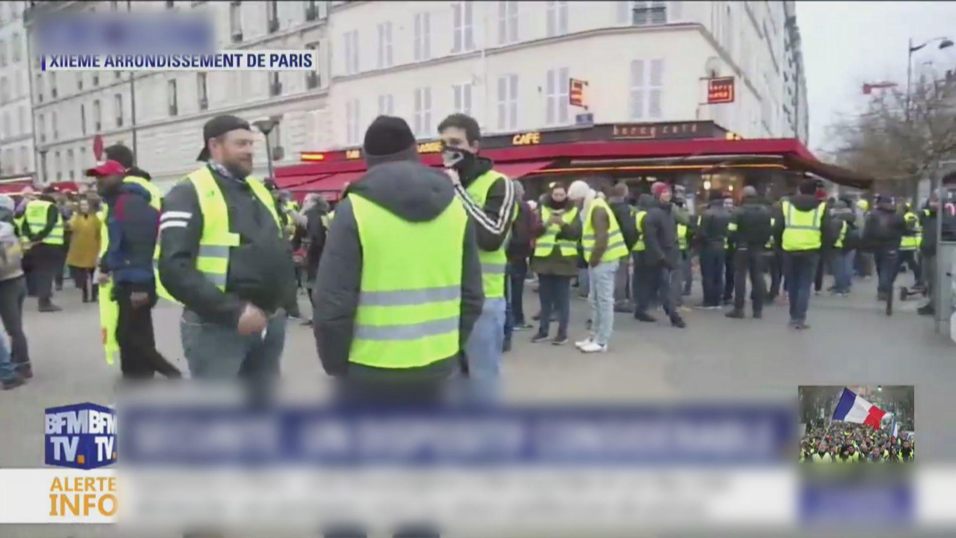 法國再有黃背心示威者上街