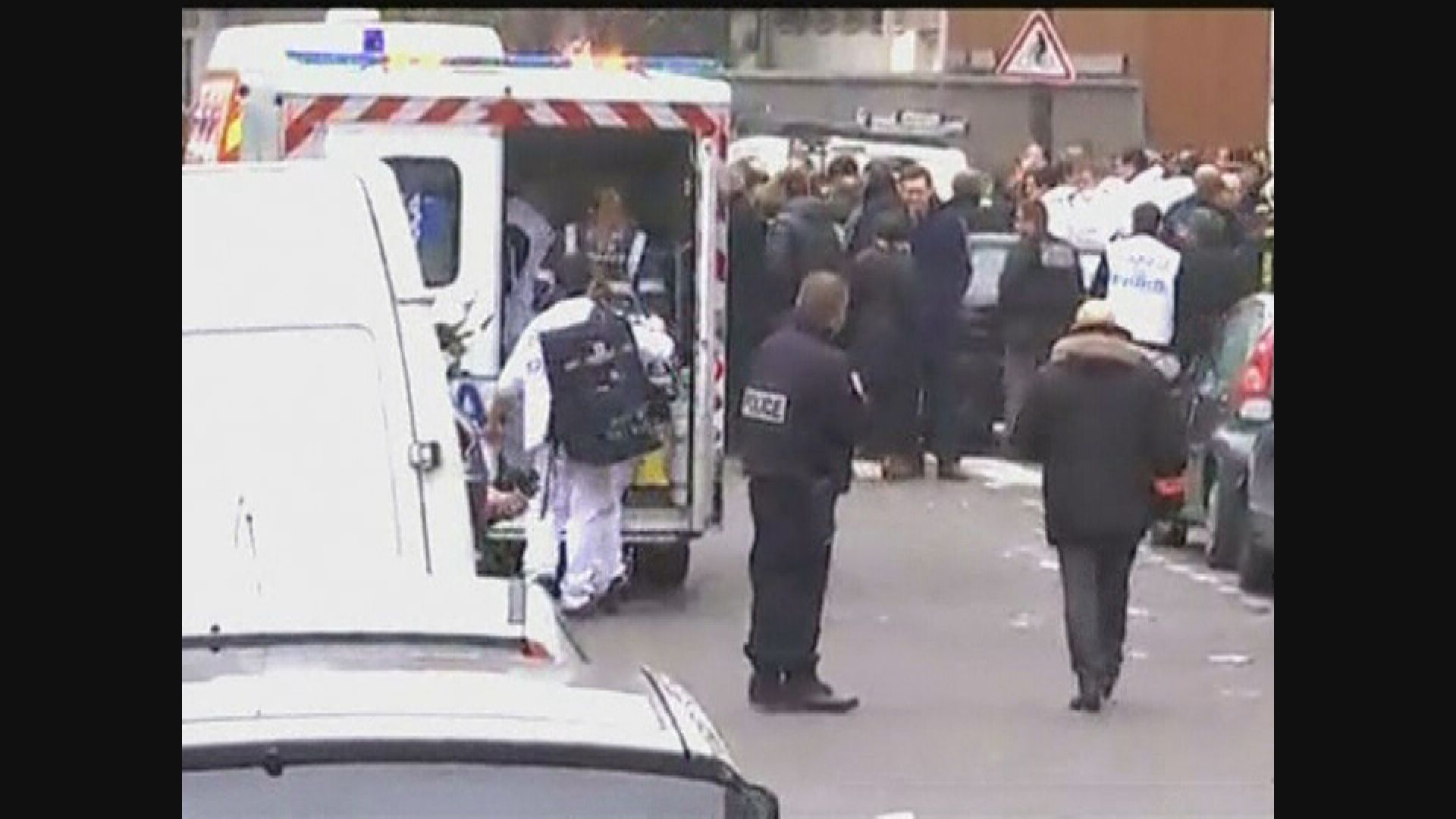 法國查理周刊恐襲案 十四名疑犯全部罪成判監