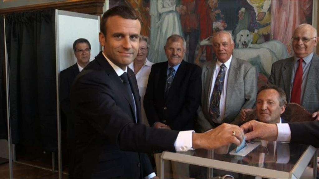 法國共和前進黨取得過半數議席控制議會