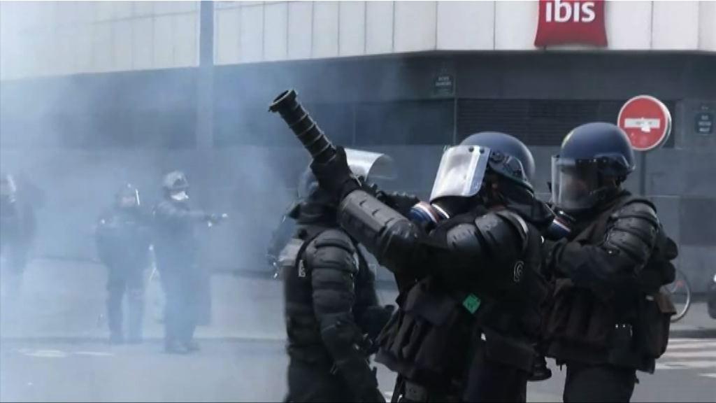 法國高中生不滿總統候選人 示威爆衝突