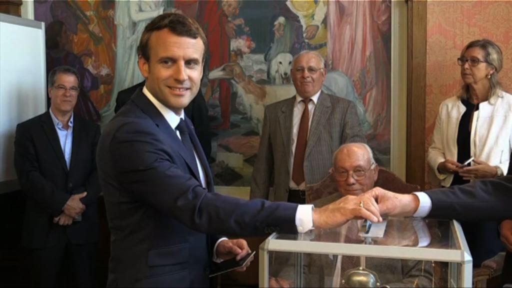 法國會選舉 馬克龍政黨取壓倒性勝利