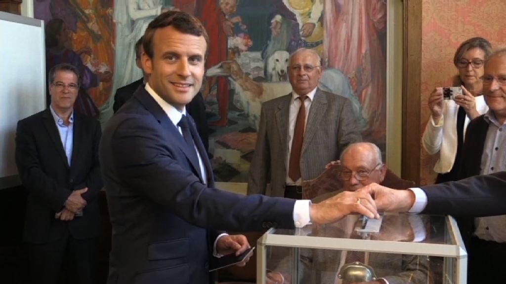 法國國民議會選舉進行首輪投票