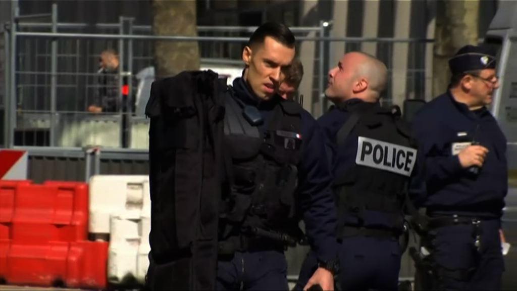 法國接連發生校園槍擊及郵件爆炸案