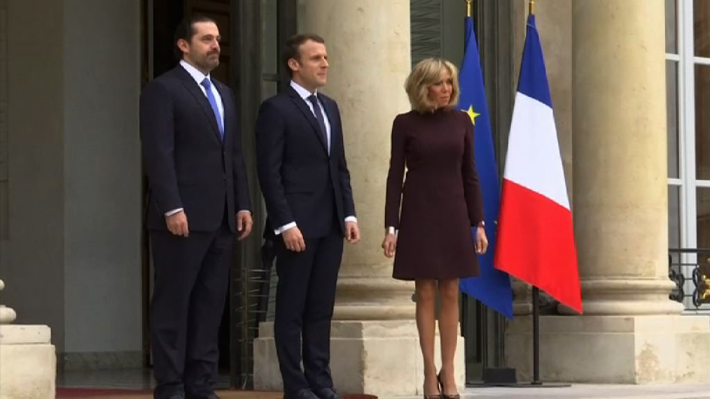 法國第一夫人拒當「背後的女人」