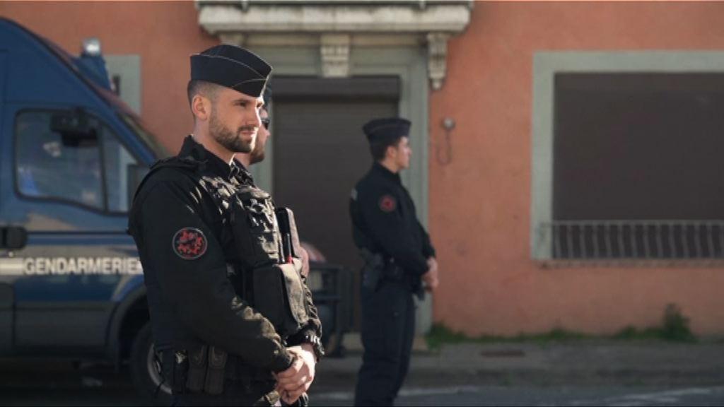 法國南部挾持人質恐襲案 警拘一涉案女子