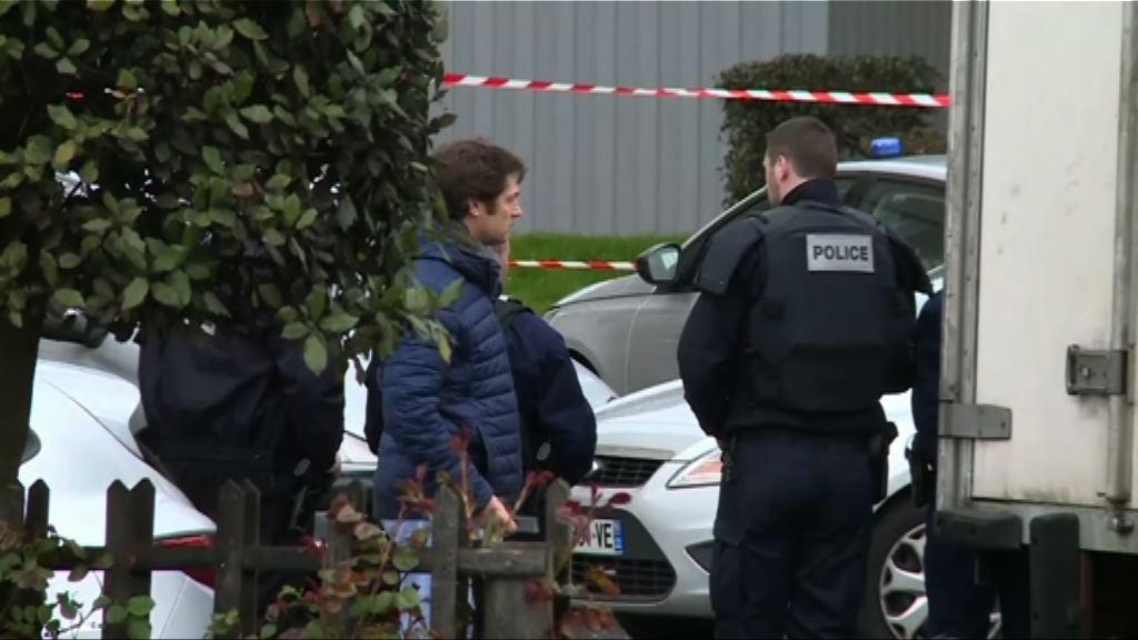 奧利機場槍擊案 當局扣留疑犯三名親屬調查
