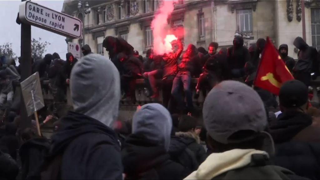 法國多個城市再有示威抗議新勞工法