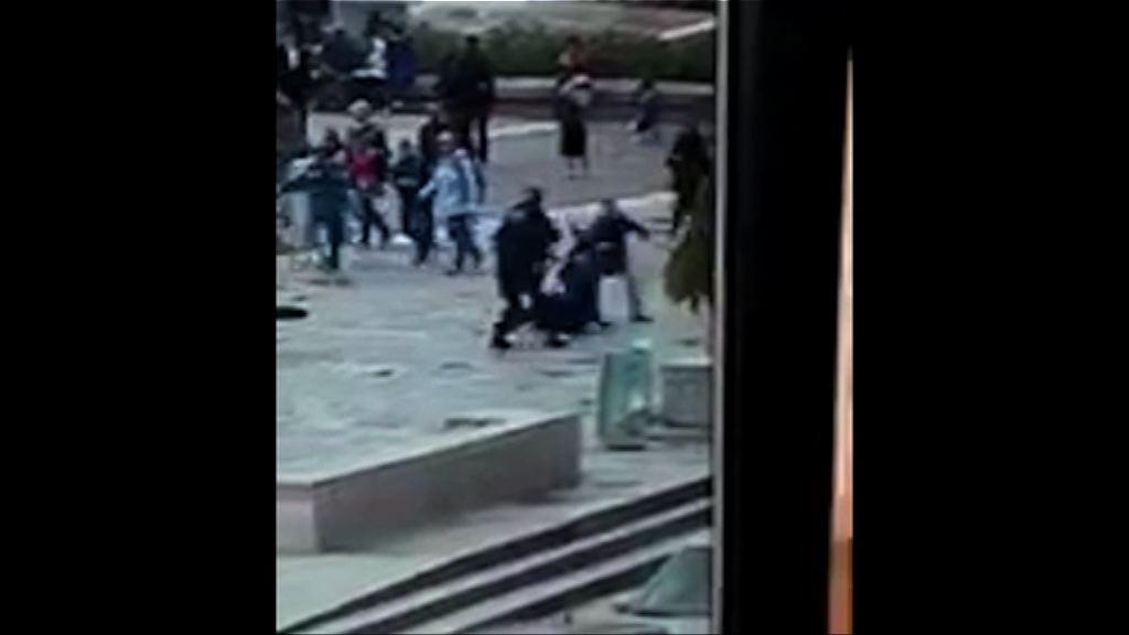 巴黎聖母院襲警案 襲擊者曾高呼「為了敘利亞」
