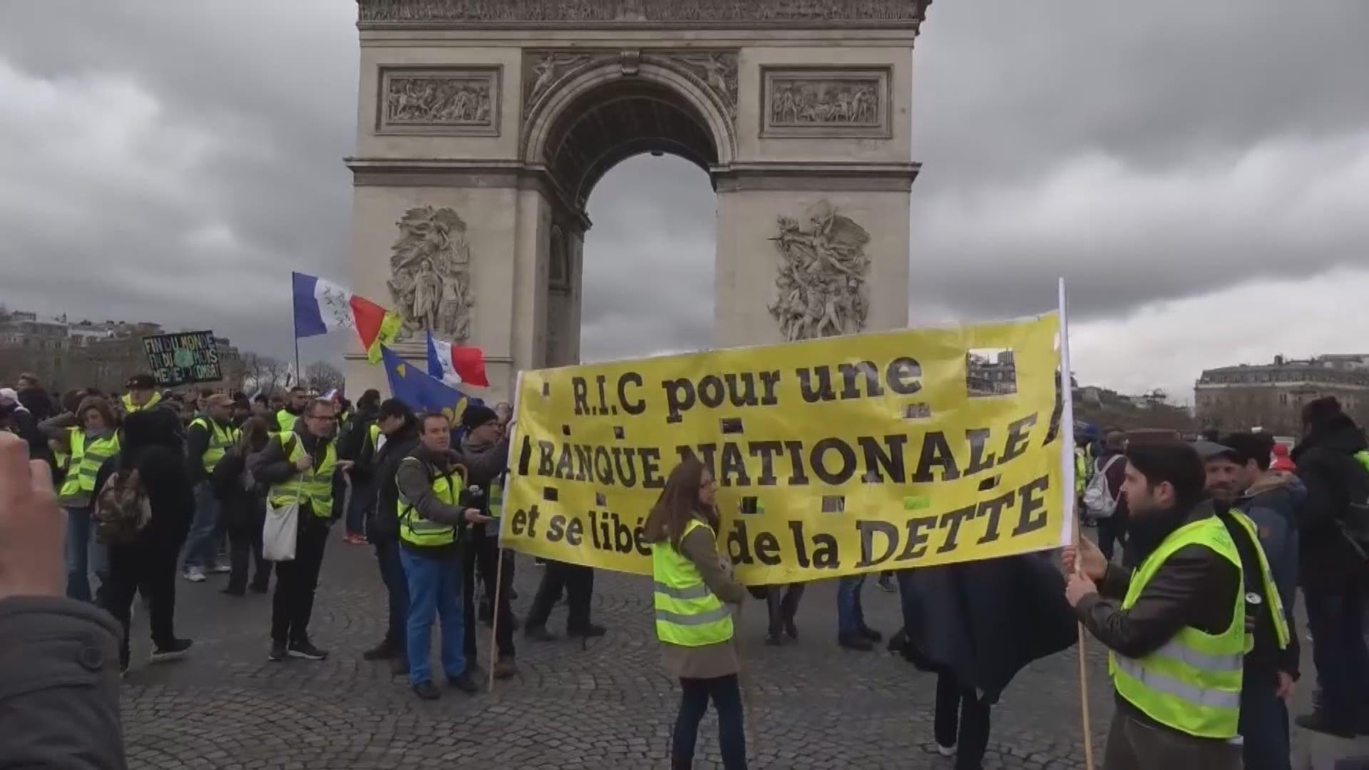 法國連續十七周有黃背心示威