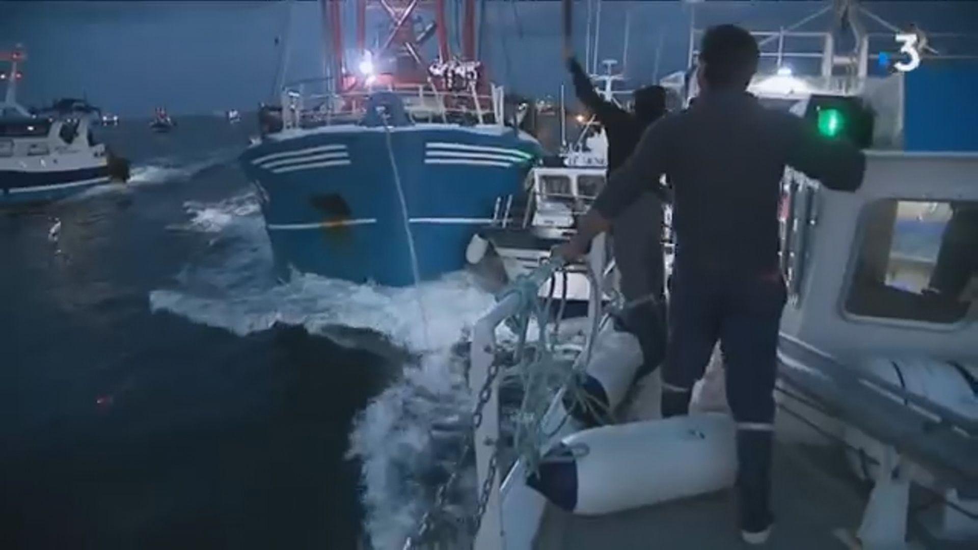 英法漁民因爭奪扇貝資源爆衝突 有漁船受損