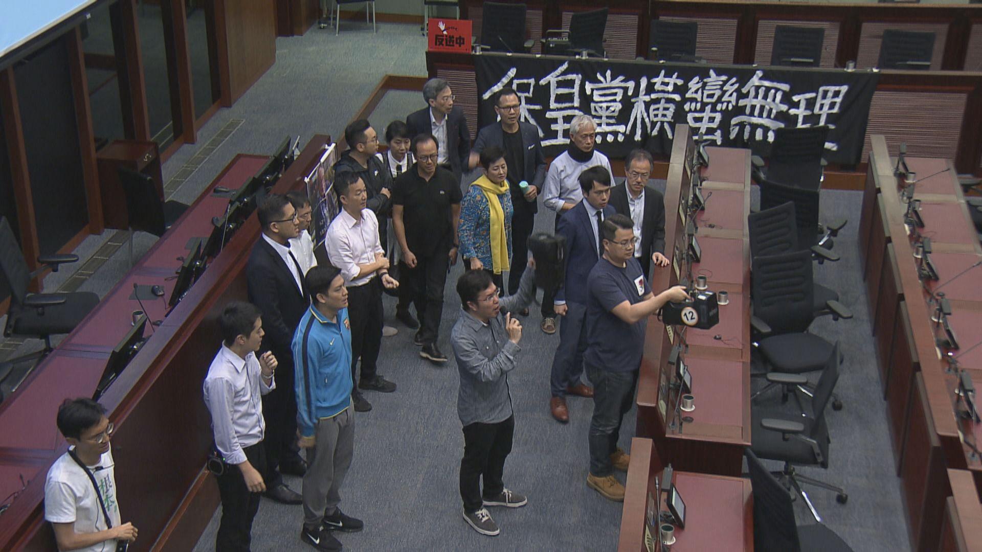 據了解王志民指反對派將修訂視為23條立法前哨戰