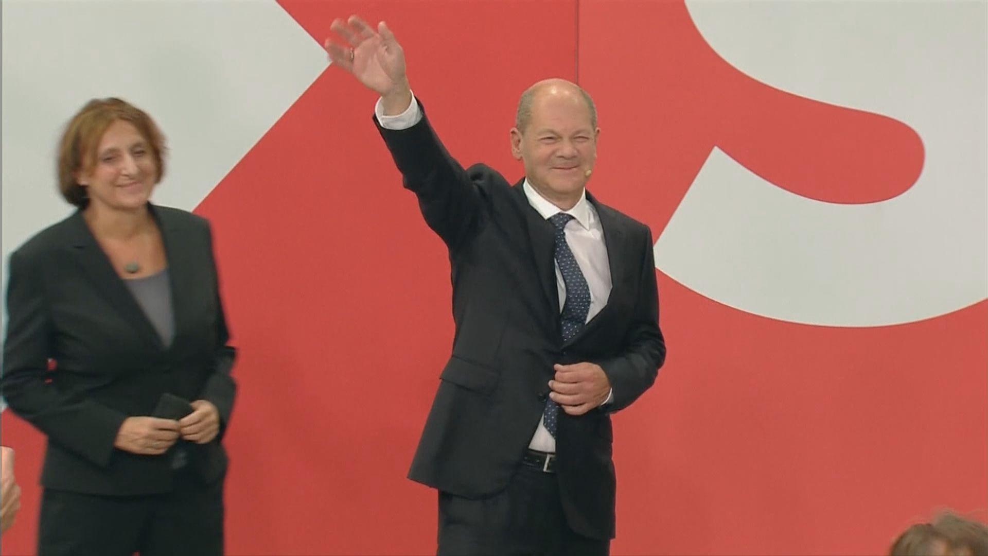 德國大選票站調查顯示社民黨與基民盟得票率相若