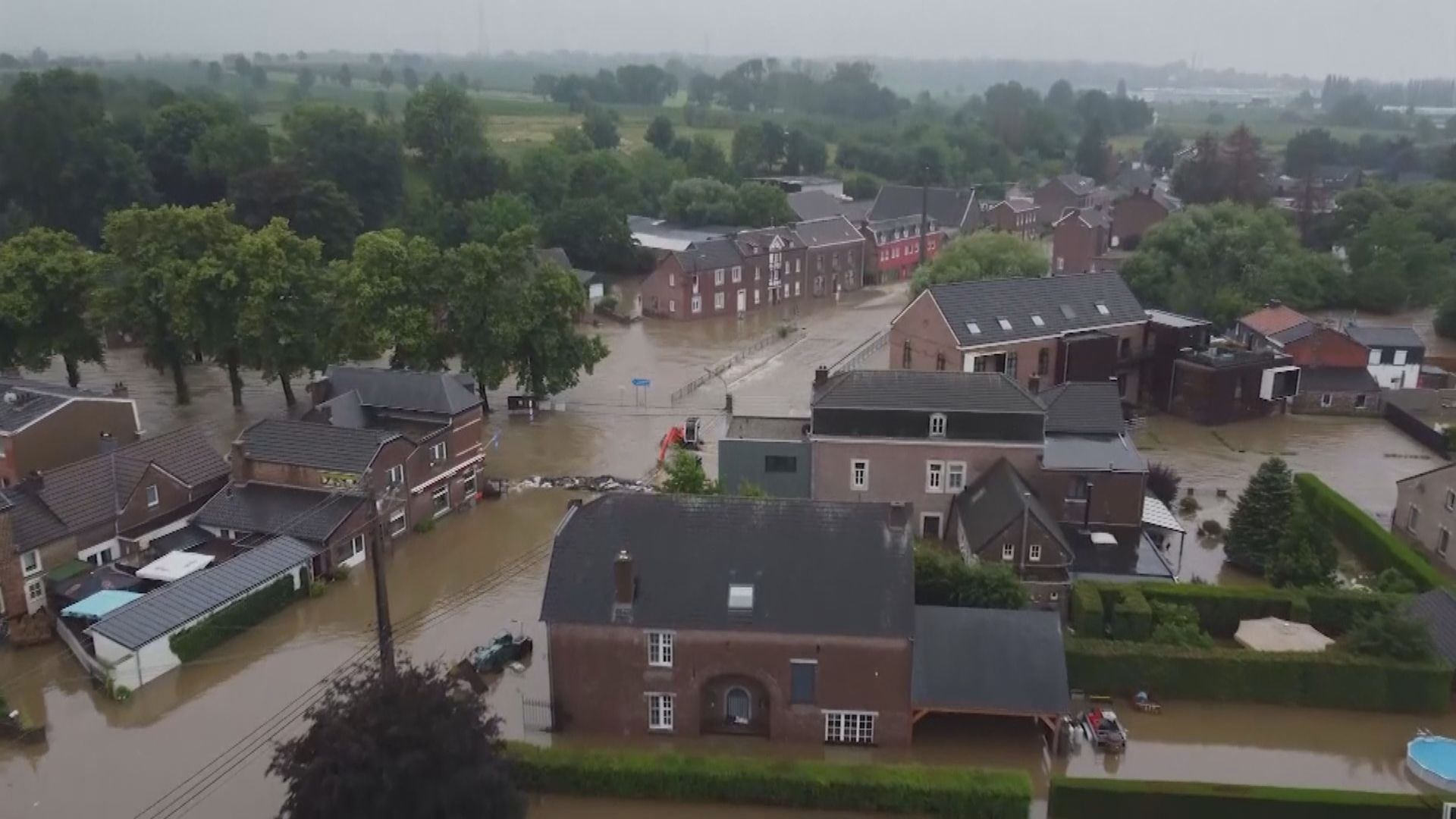 德國暴雨引發洪水和山泥傾瀉 鄰國比利時亦受洪水侵襲