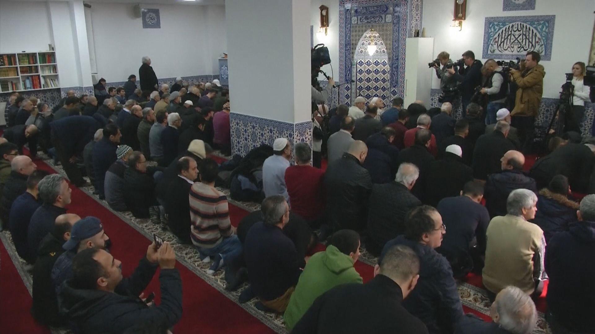 德國槍擊案後加強清真寺保安