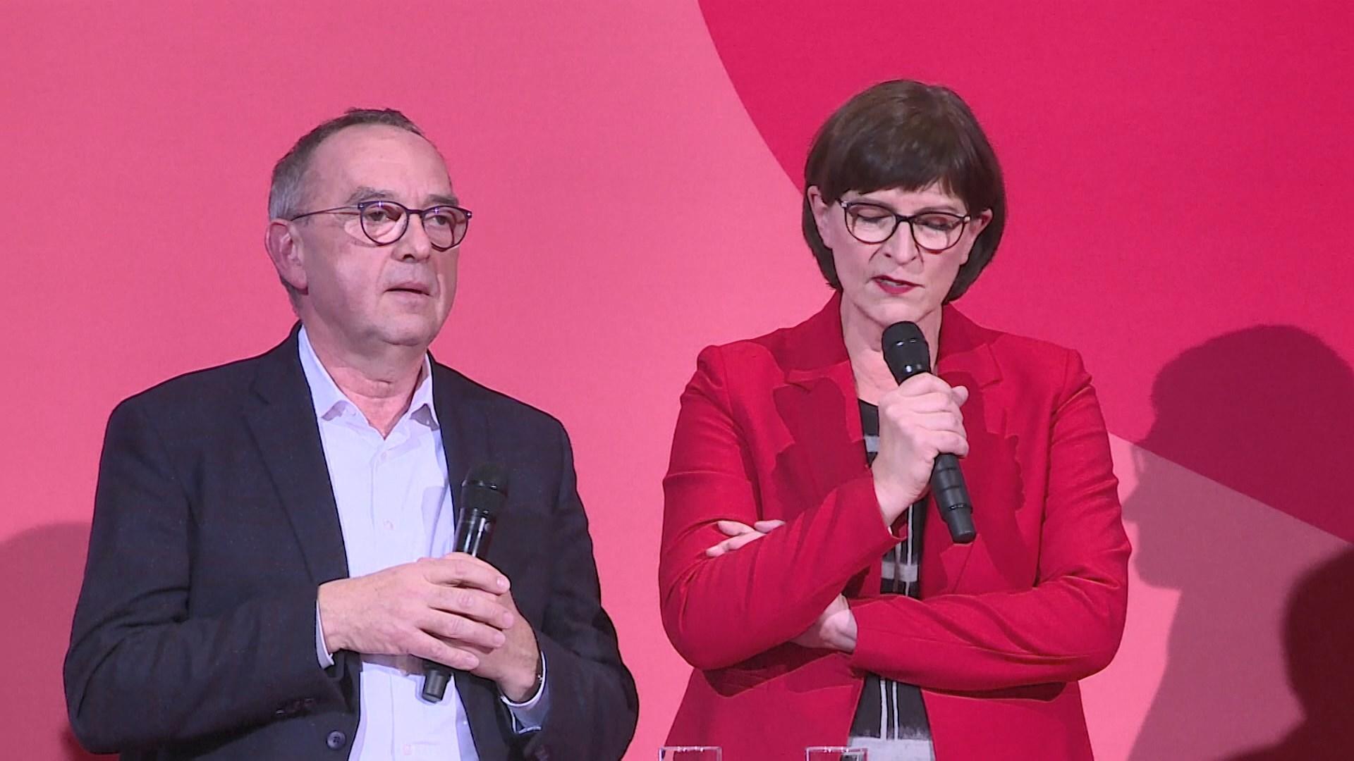 德執政聯盟社民黨選出反對默克爾的黨領袖