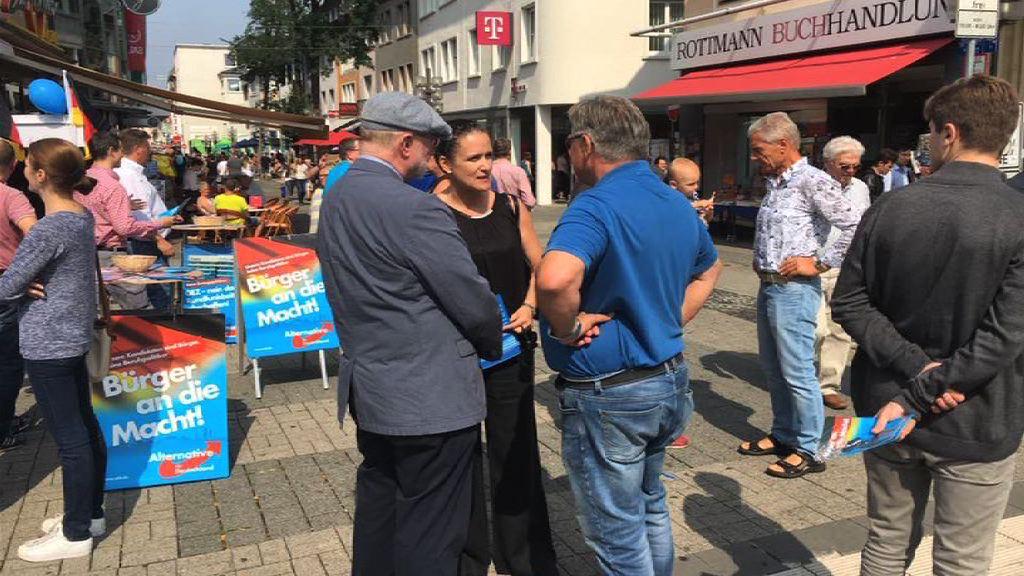 德國右翼政黨街站派胡椒噴霧惹批評