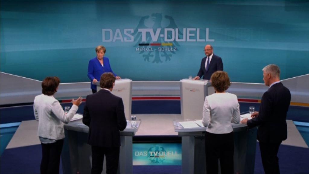 德國將大選 默克爾與舒爾茨進行電視辯論