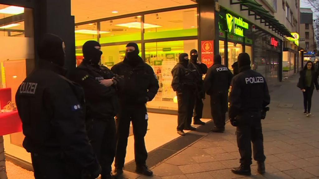 德警柏林多處突擊搜查 或與襲擊市集案有關