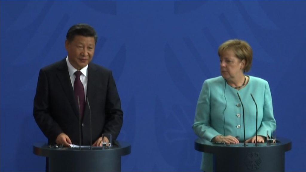 默克爾冀就人權問題加強與中國對話