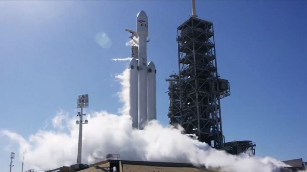 【環球薈報】SpaceX成功測試重型火箭引擎