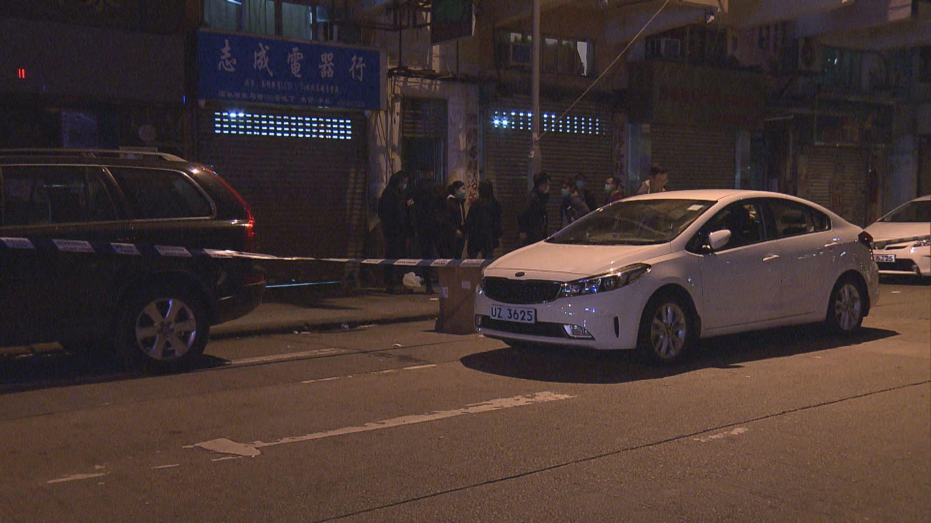 警方深水埗拘越南籍男子檢槍械毒品