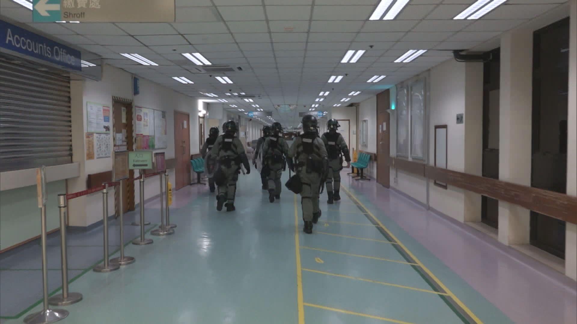 大批防暴警進入屯門醫院 醫管局表達關注