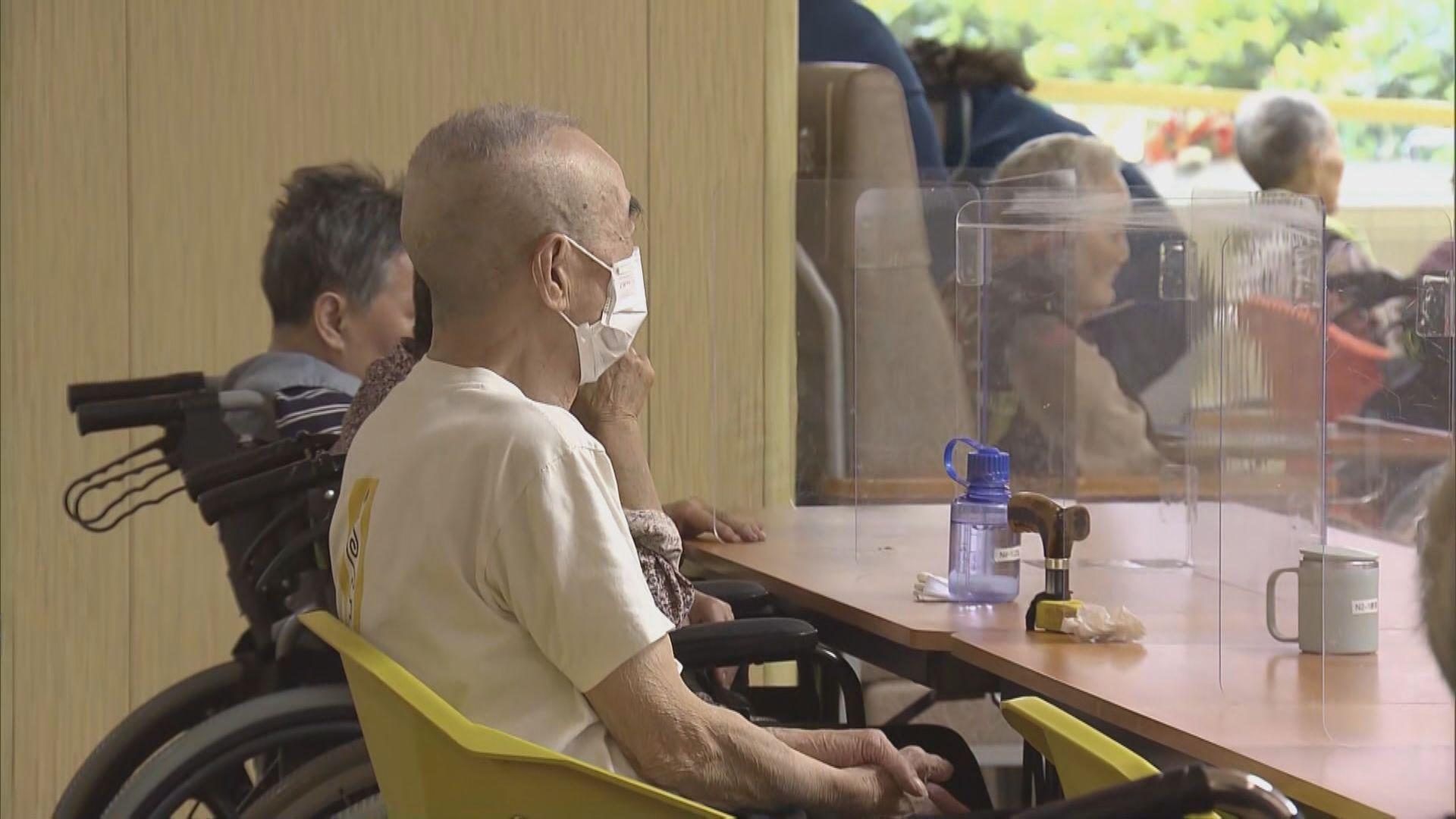 【新冠病毒個案統計】醫管局:年長及入住院舍確診長者死亡率較高