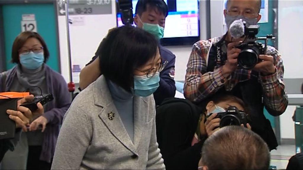陳肇始到北區醫院急症室視察
